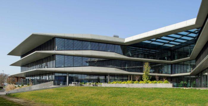 Z0 Business Building, Eysins - MR&A